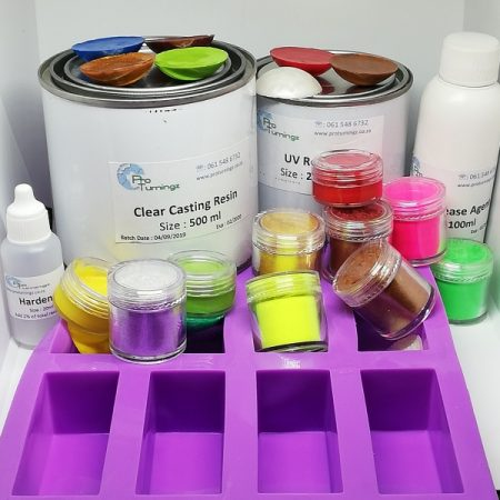 Resin, Pigments & Moulds